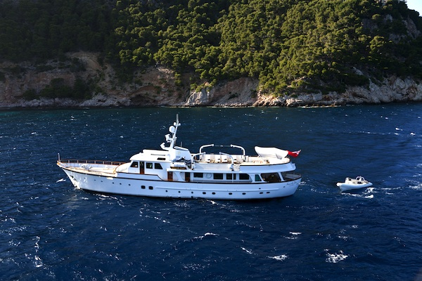 Image for article Are classic motoryachts making a comeback?